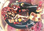 【作品紹介】官能の赤いルセット  ~ 映画『赤い薔薇ソースの伝説』より(または香西文夫氏へのオマージュ)